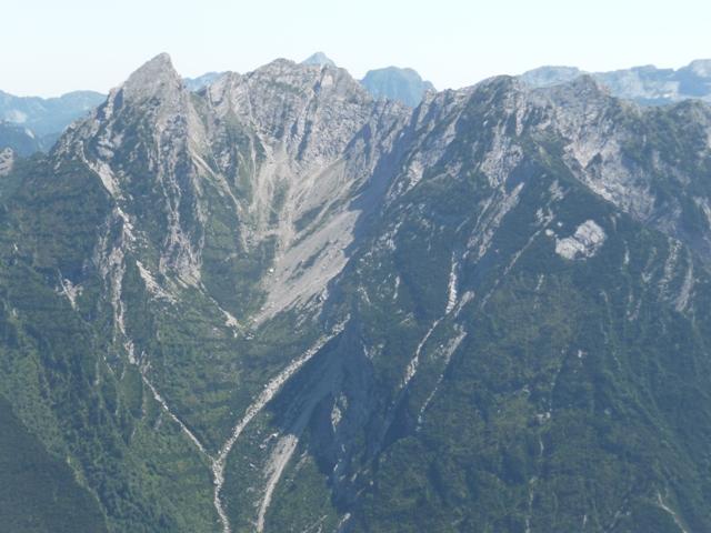 Ciol di Sass, Cima Ciolesan e la Val Piovín.
